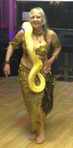 SnakeDance1