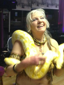 Snakey Sue dancing with Bou 2015